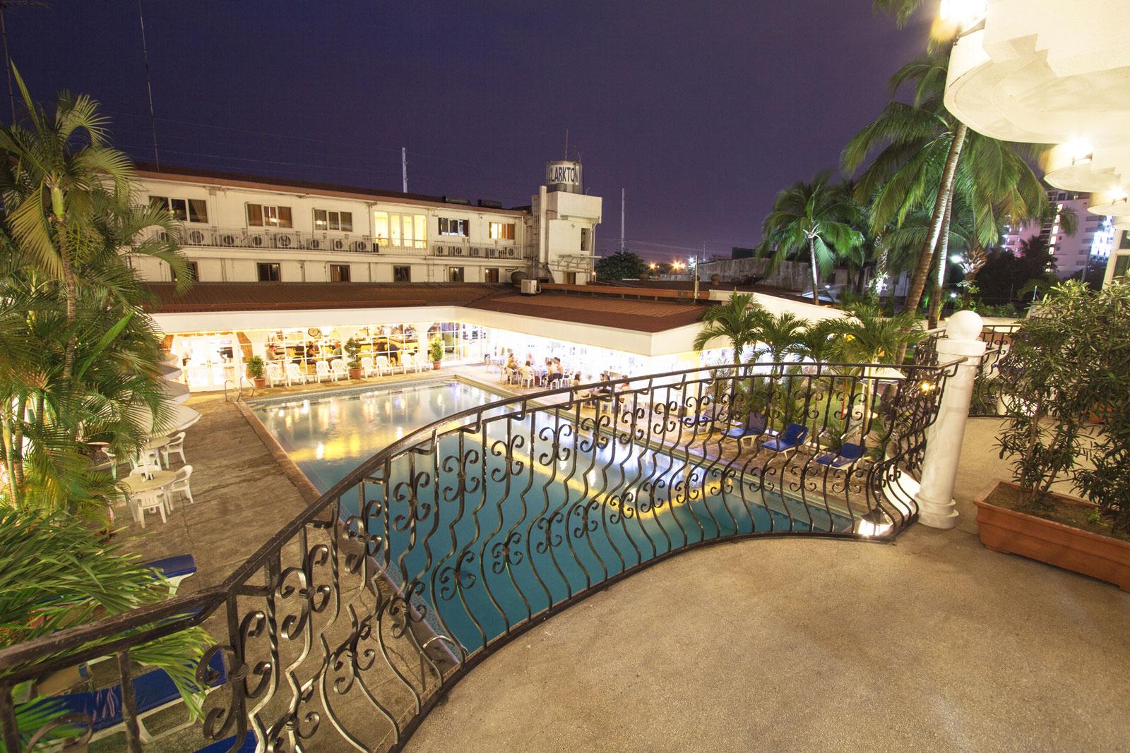 Clarkton Hotel Angeles Studio 1 4