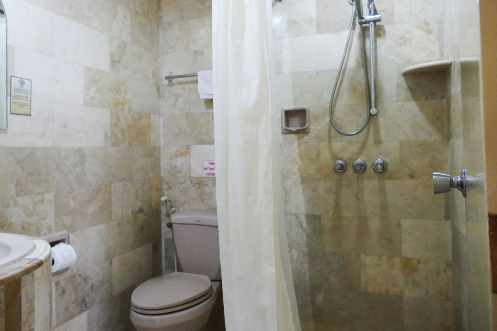 Clarkton Hotel Angeles Economy Room 3
